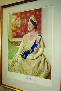 27 JUN Queen Mother Picture 2