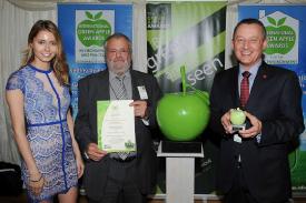 Berendsen-wins-Green-Apple-Award