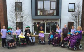 Ex-Racehorse Cavallini A Big Hit With Care Home Residents