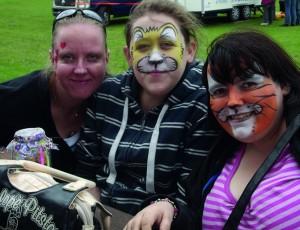 Fremantle Trust service users enjoying FreFest Summer Fete (1280x983)