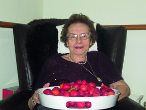 Joyce with plums from Garden (1)