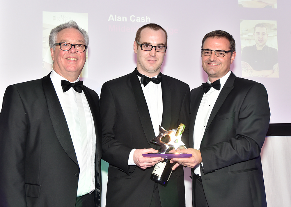 Image 1 Perry Manor head chef Peter McGregor receiving his award at the Care UK RCS Stars Awards ceremony.