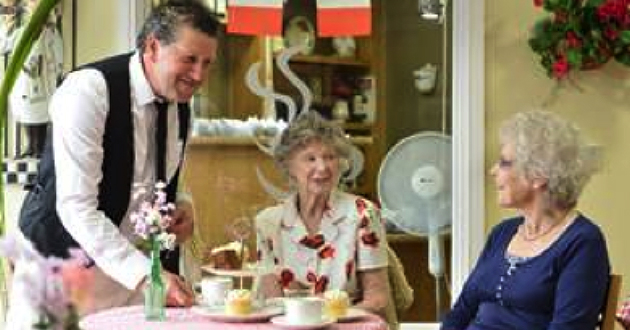 Local Care Home Hosts Home to Home Christmas Lunch
