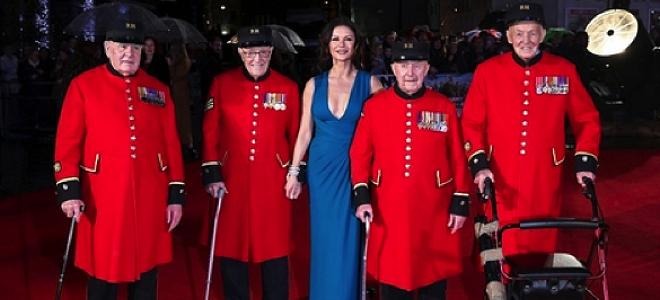 Chelsea pensioners Catherine Zeta Jones
