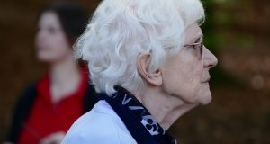 old-woman-1322093_640