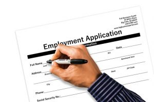application-1915345_640