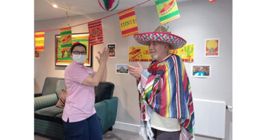 Residents At Hugh Myddelton House Celebrate Cinco De Mayo